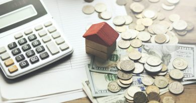 coins on table| Interestonly home loans smart or silly