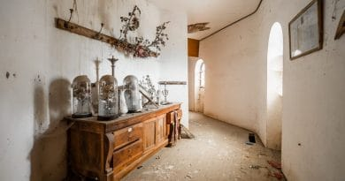 old run down house| Is it worth buying a derelict property